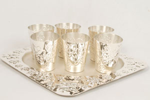 silver glass stand basket 3